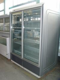 Нискотемпературна витрина с 2 врати