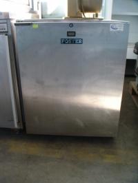 Хладилен шкаф Foster 66х73х85 см