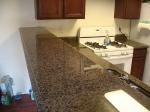 Изработка на прави кухненски плотове от гранит